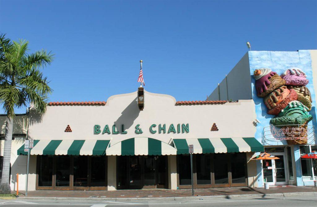 Ball & Chain bar miami