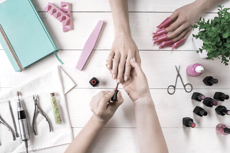 nail salons miami